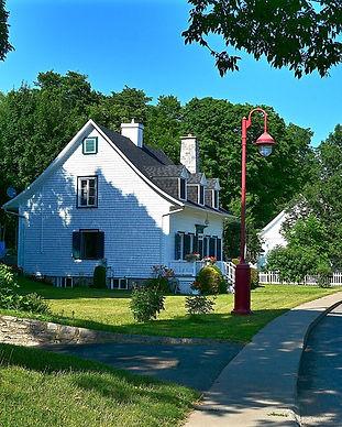houses-4363642_960_720.jpg