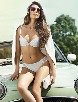 Bra and Panties set in white by Lauma