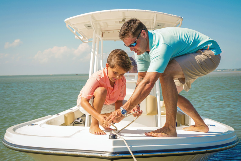 Parker Boats 2300SE Father Son Anchoring