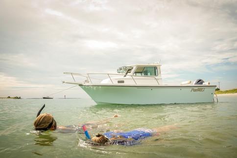 Parker Boats 2120SC Discover Dives.jpg
