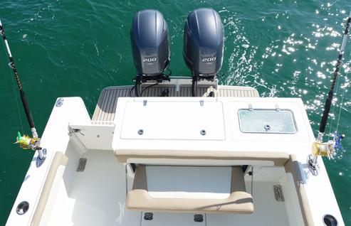 Parker Boats 2540DC Deck Transom.jpg
