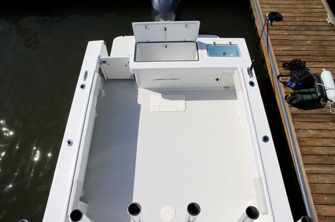 Parker Boats 2510XL Deck.JPG