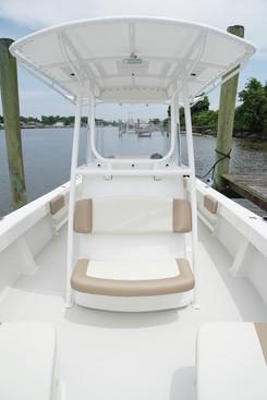 Parker Boats 2501CC Console Seat.JPG