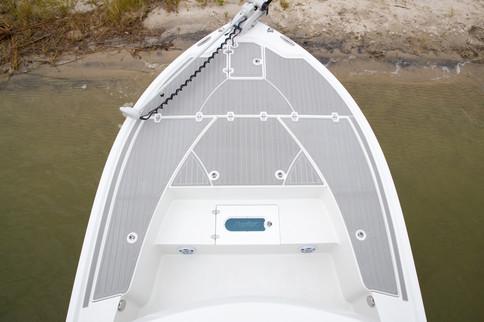 Parker Boats 2600SH Bow.jpg
