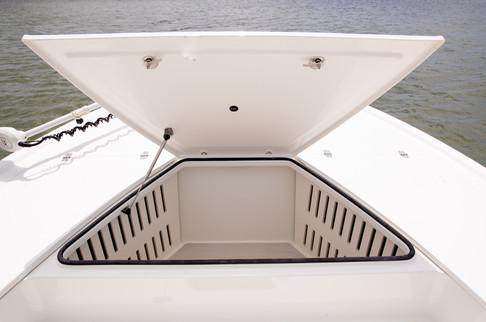 Parker Boats 2600SH Center Storage.jpg
