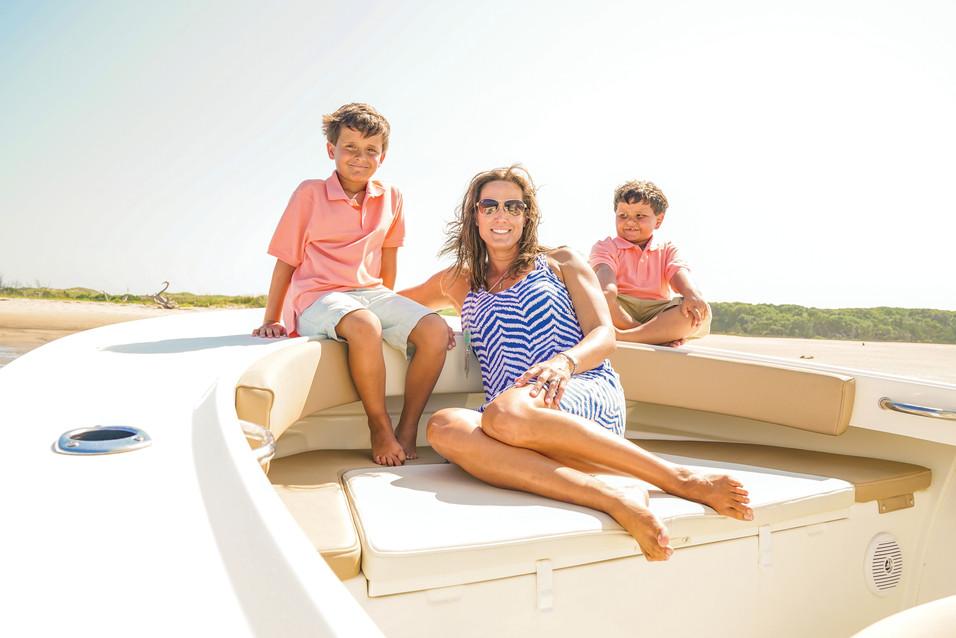 Parker Boats 2300SE Mother Sons Bow.jpg
