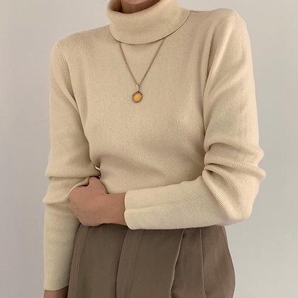 Vintage Cream Ribbed Knit Turtleneck