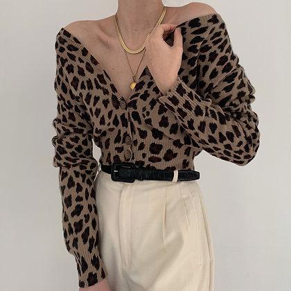 Vintage Leopard Print Knit Cropped Cardigan