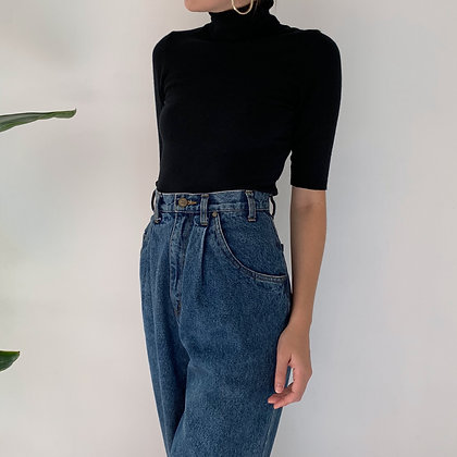Vintage High-Waisted Pleated Jeans (28W)