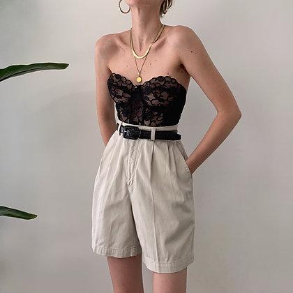 Vintage Sand Pleated Shorts (26/27W)
