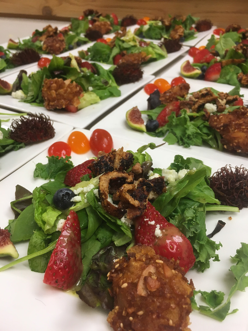 You & Me salad with Hot & Crunchy chicken