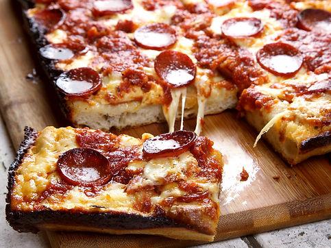 20170216-detroit-style-pizza-47-1500x112