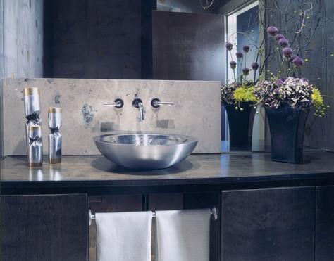 Kahn Pwdr Bath.jpg