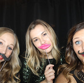 Home Page - Photo Booth Pic.jpg