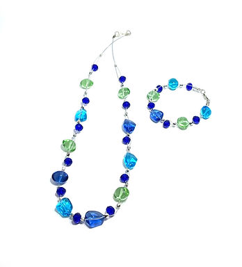 Beachy Floating Necklace set
