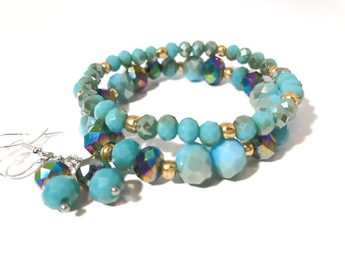 Stunning Turquoise Bracelet and Earring Set