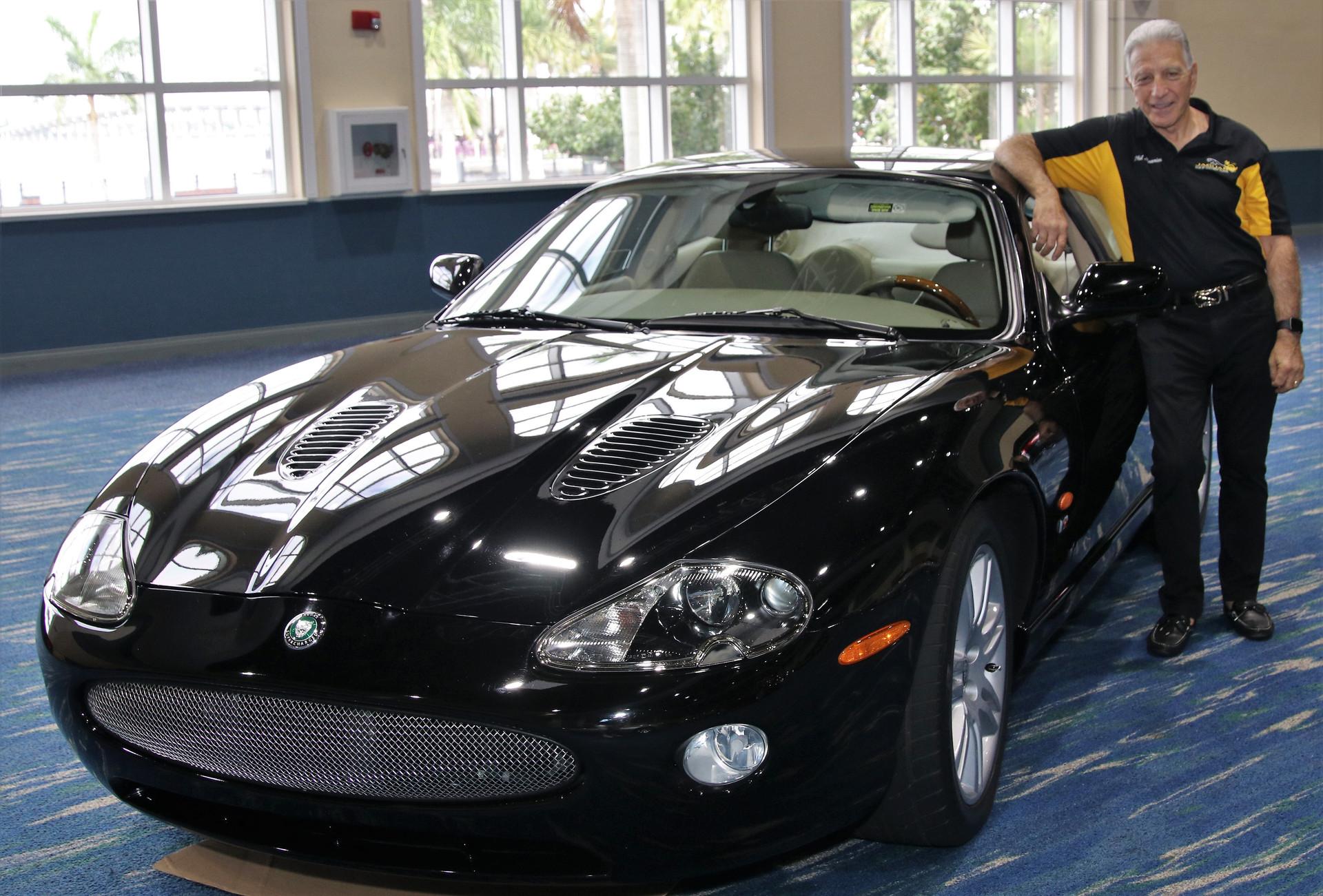 Jaguar of SW FL Car Show_3 (6)
