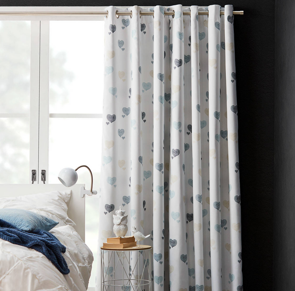 Denim hearts curtain