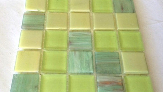 Bisazza Blends: 25 tiles Limes plus transparents