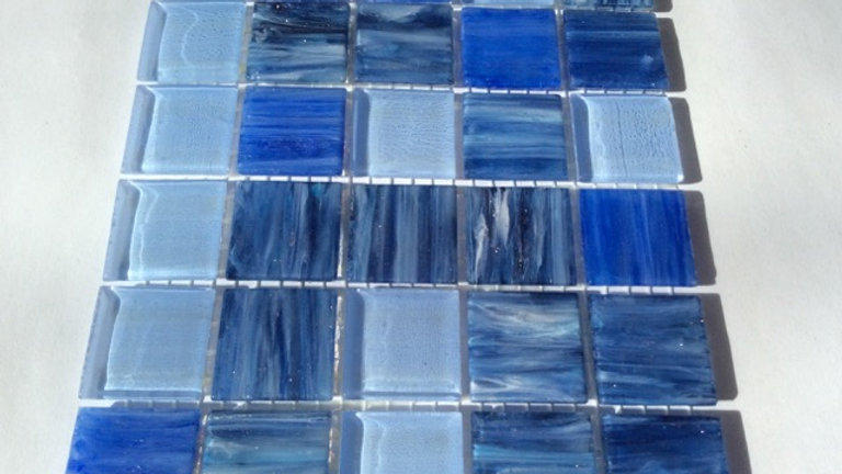 Bisazza Blends: 75 lilac blue Le Gemme & transparents