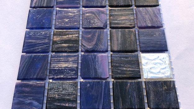 Bisazza Blends: 75 Mixed deep purple Le Gemme