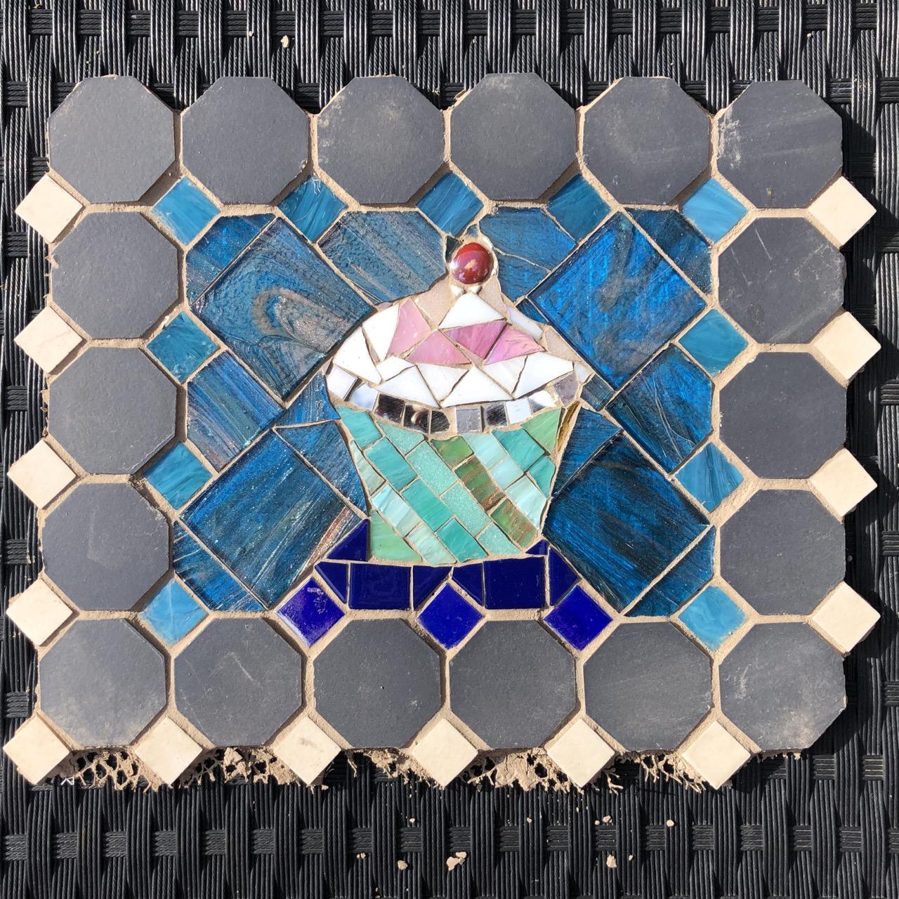 mosaic_cupcake.jpg