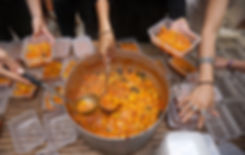 K multiple hands Tajine.jpg