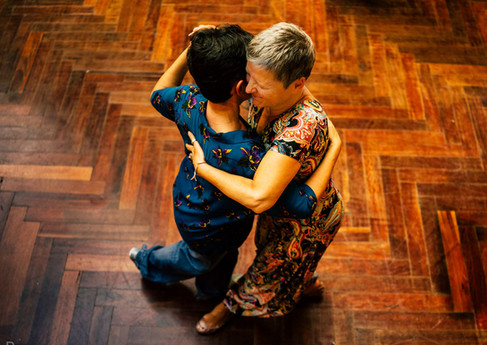 Tango dancers Salle communale de Plainpalais