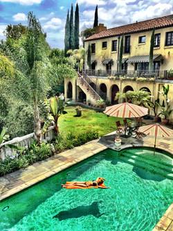 Huge tile pool - luxury spa for two