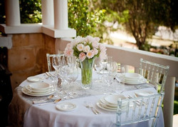 Romantic-Dinner-Table-Setting-Ideas.jpg