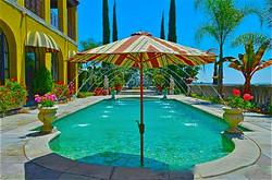 Classical pool fountain in Los Feliz