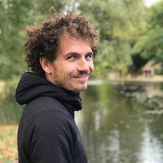 Mickael Souchay guide d'escalade calanqu
