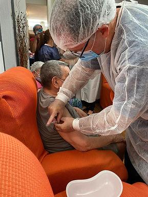 Nuestros residentes y funcionarios vacunados contra el Covid-19