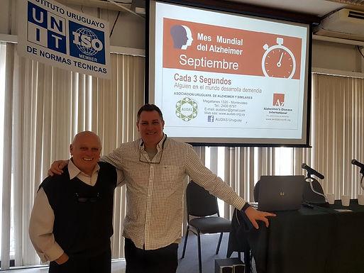 Junto al Dr. Delmar Rodríguez, en UNIT.