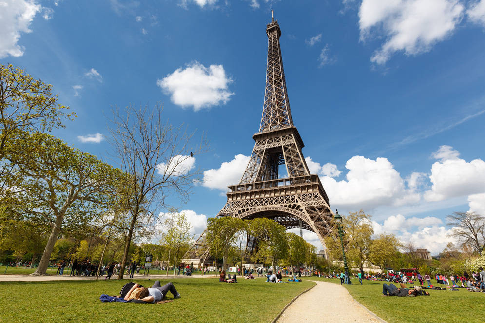 Paris - France - Eiffel Tower - Picnic Relaxing