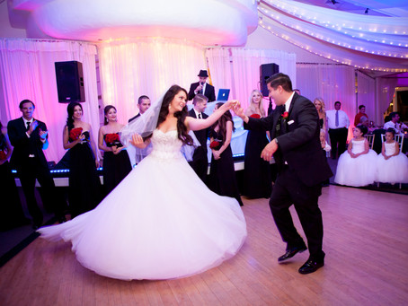 5 Awesome Remixes You Need Played at Your Wedding
