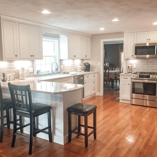 Classic & Modern Kitchen