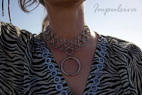 Large O-Ring Chainmaille Choker Necklace | Impulsiva Jewelry
