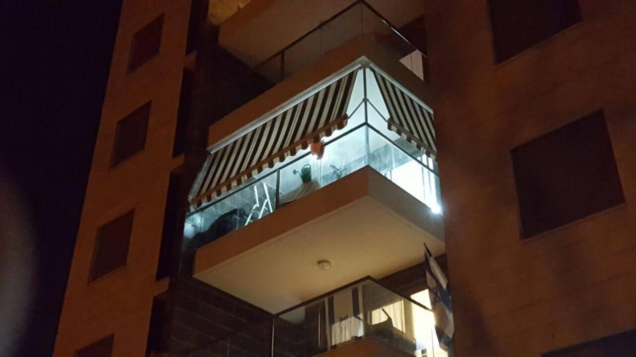 סוכך למרפסת