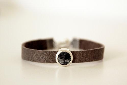 Unisex Leather Bracelet with Antique Silver Slider | Impulsiva Jewelry