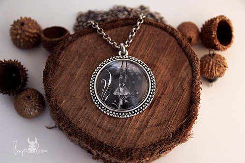 "Photo Pendant Necklace ""Executing the clown"""