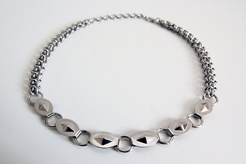 Silver geometric choker necklace