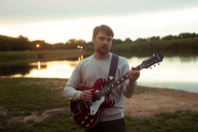 Mike Fuller-Standing Lake Epiphone2