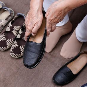 O calçado ideal para os idosos