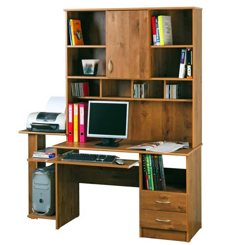שולחן מחשב עם ספריה
