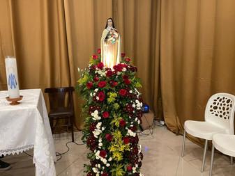 Novena em honra a Santa Teresinha é celebrada no Shopping Prêmio, em Socorro
