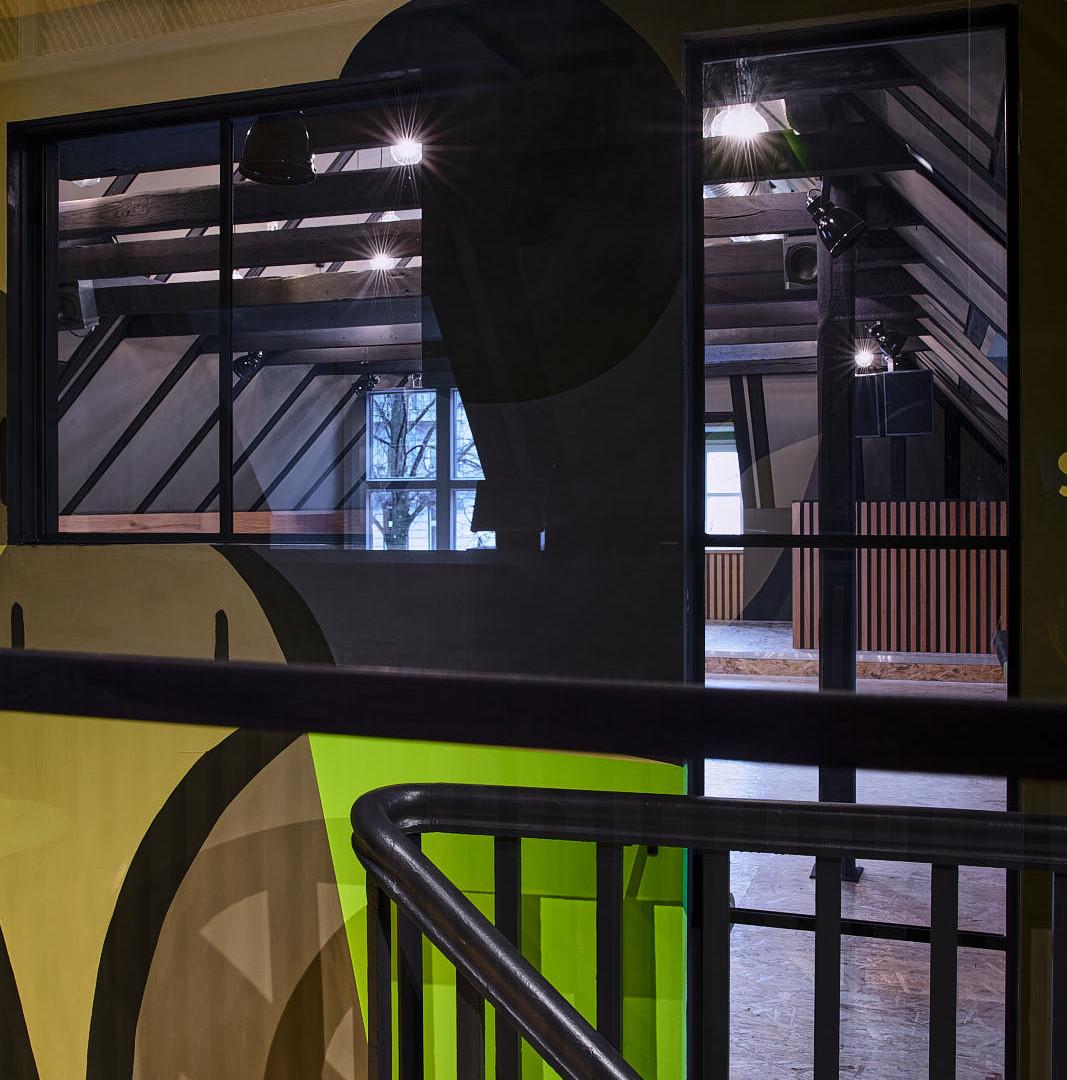 Treppenhaus_006-HDR_web_neu.jpg