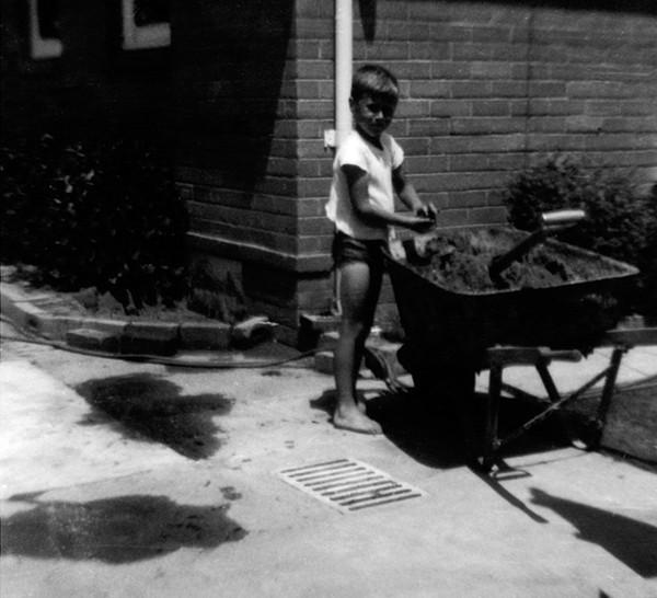 12 wheelbarrow 1967.jpg