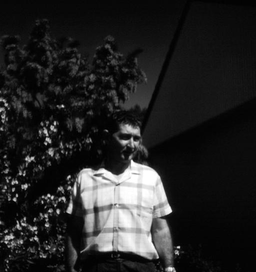 9 dad outside 1965.jpg