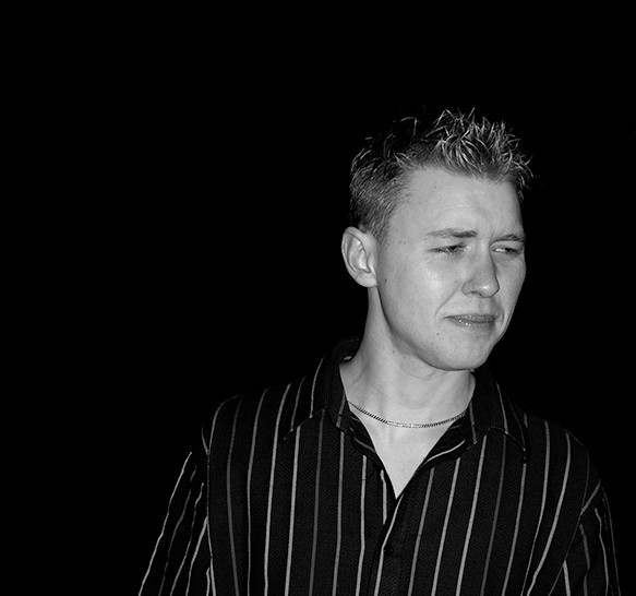 13 William in the dark 2004.jpg